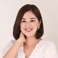 hitomi eyelash designer