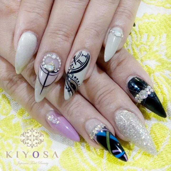 intricate nail art with nail extensions at kiyosa makati salon